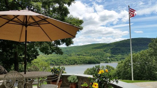 The Hudson River Crest B&B Photo