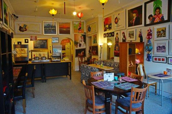 Vietnam House Art Gallery & Cafe