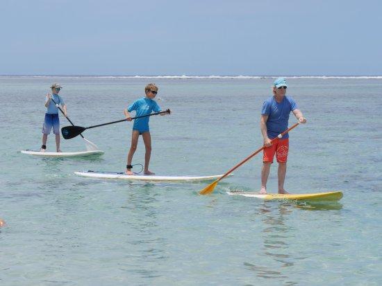 La Saline les Bains, Reunion Island: Bertrand devance les enfants qui s'en donnent à coeur-joie !