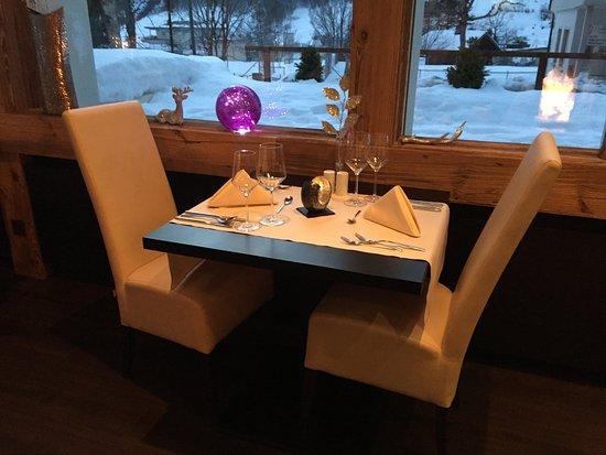 ลูเคอร์แบด, สวิตเซอร์แลนด์: unser Tisch im Restaurant