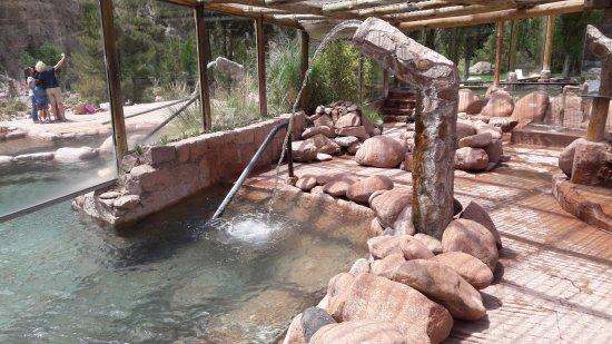Termas Cacheuta - Terma Spa Full Day: Sector semicerrado, fangoterapia y las dos piletas más calientes, 40 y 43 grados