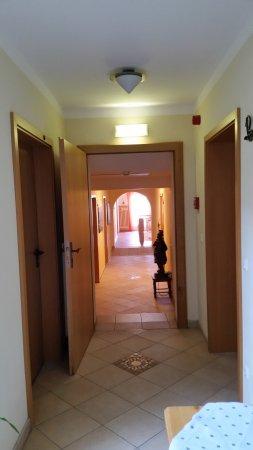 Flur Zu Den Zimmern Bild Von Kur Und Wellnesshotel Waldruh Bad