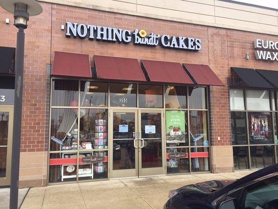 เอล์มเฮิรสต์, อิลลินอยส์: Nothing Bundt Cakes Exterior