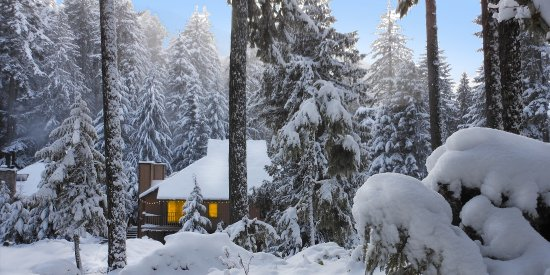 Crystal Mountain, WA: Chalet building in the winter