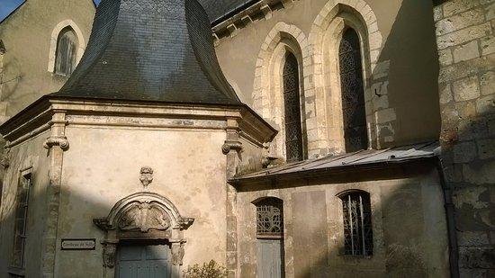 Tombeau du Duc de Sully