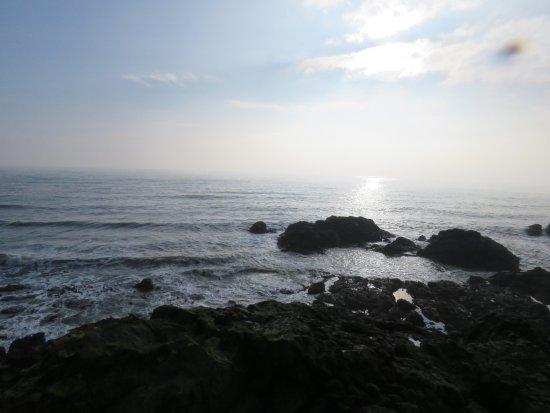 Elie, UK: rocky shoreline