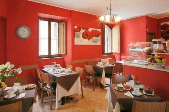 Hotel Properzio: Sala colazione