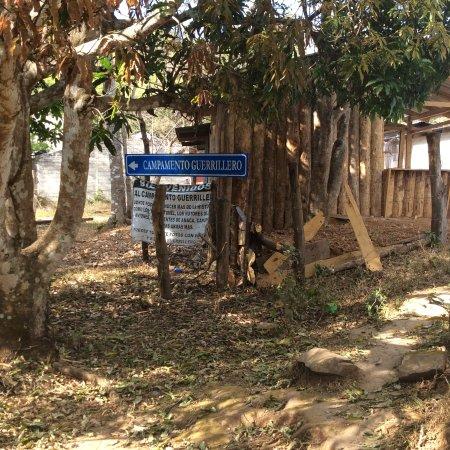 Museo de la Revolucion Salvadorena: Sign to the Gorilla camp.