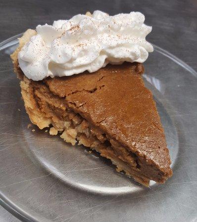 Burlington, Caroline du Nord : Delicious homemade pumpkin pie (seasonal item)!