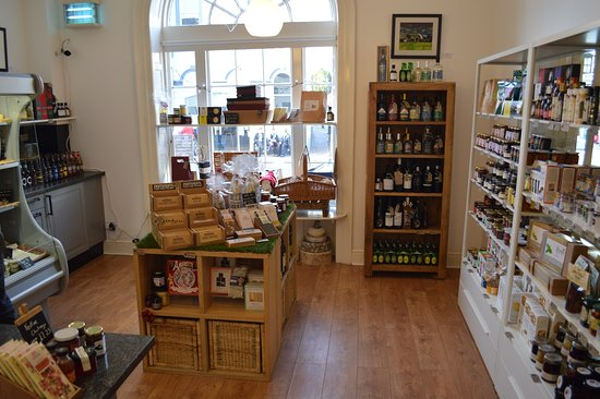 Monmouth, UK: Inside Marches Delicatessen
