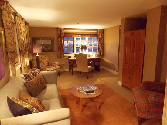 Bedford, NH: Gordon Suite at the Inn