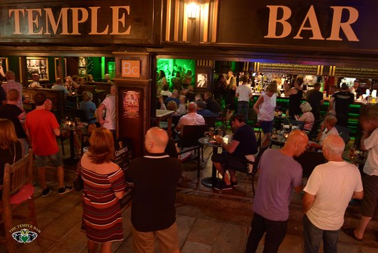 Mogan, Espagne : The Temple Bar Gran Canaria.