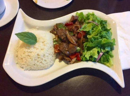 Yorba Linda, Kalifornia: Monarch Shaken Beef