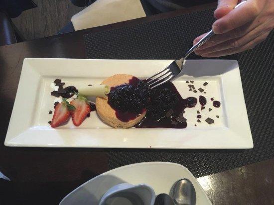 Dartmouth, Canada: Dessert's are so Yummy.