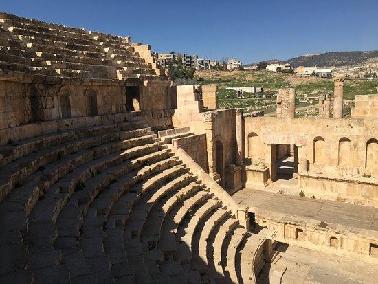 Jerash, Jordania: The auditorium at the North theatre