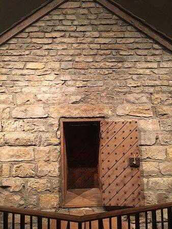 Liberty, MO: Jail door