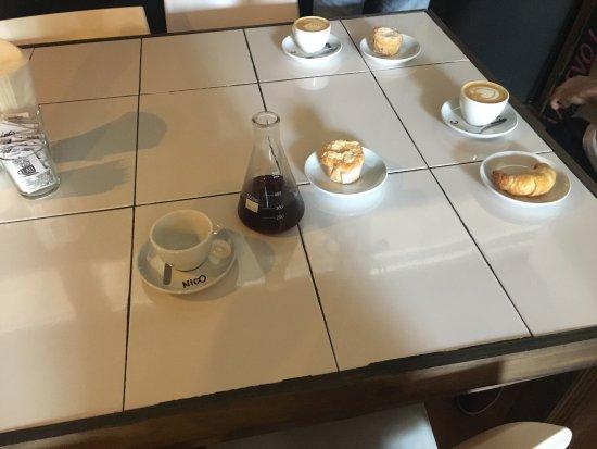 Lab. Training Center & Coffee Shop: Buena presentación.