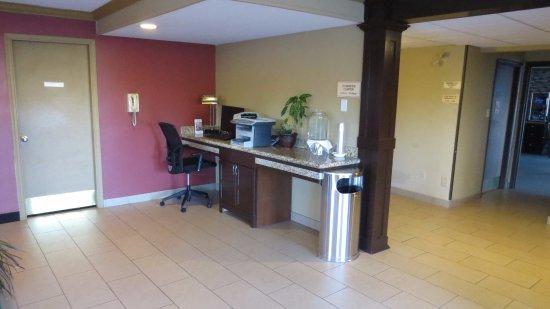 BEST WESTERN Maple Ridge Hotel: Business Nook