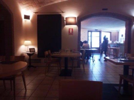 Sant Pol de Mar, Espagne : Interior restaurante
