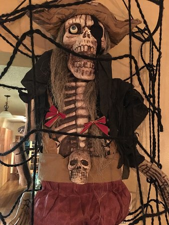 Beaufort, NC: Blackbeard Overlooks your dining experience