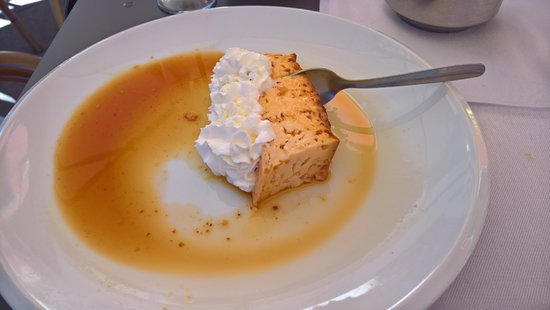 Forgot the name of the desert - but it was good!