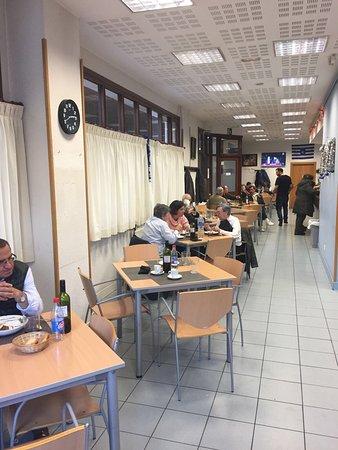 Restaurante jubilados amara berri en san sebasti n con - Cocinas san sebastian ...