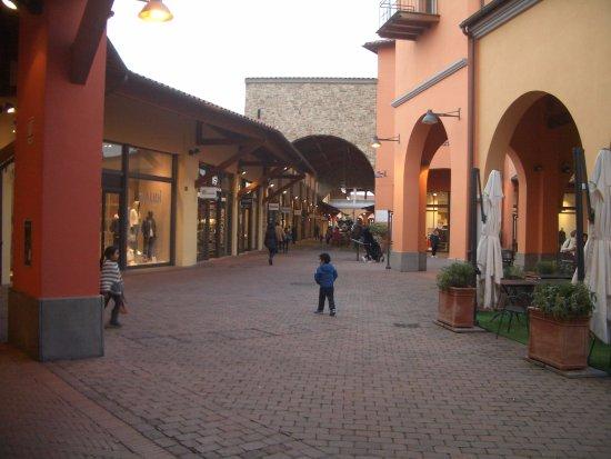 Foiano Della Chiana, İtalya: uno dei viali