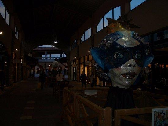 Foiano Della Chiana, إيطاليا: la galleria con le maschere di carnevale