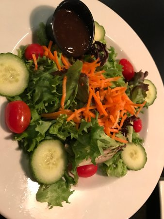 Lititz, Pensilvanya: house side salad