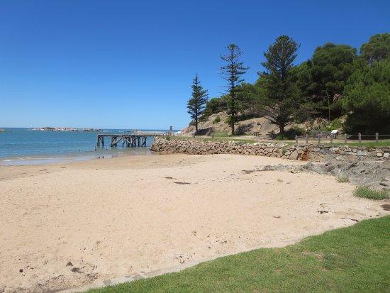 Port Elliot, Australia: View towards jetty