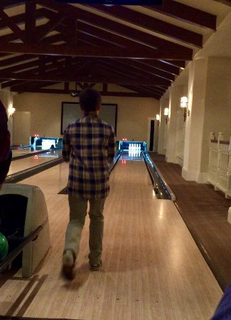 Montage Deer Valley: Bowling in Game Area
