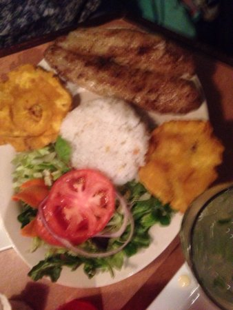 Kennesaw, Gürcistan: Delicious meals, at an authentic Cuban restaurant. Servers were great, place is amazing!