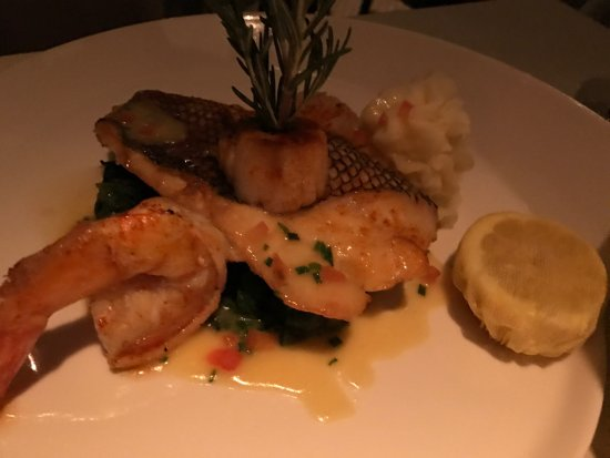 Ringwood, NJ: Sea Bass, shrimp and scallop special