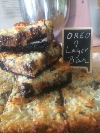 Islesboro, Мэн: Oreo stuffed 7 layer bars!