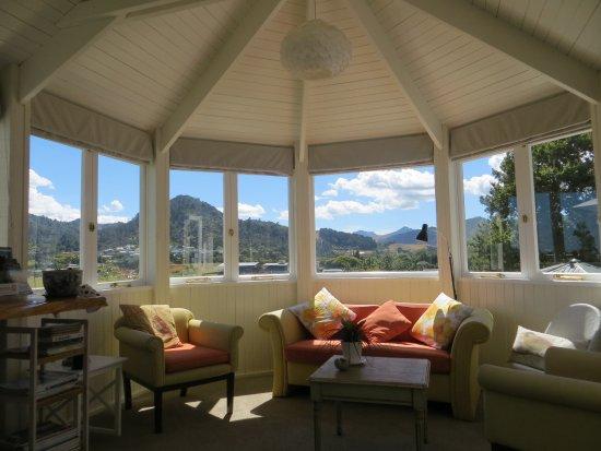 Thames, Nueva Zelanda: Guest lounge