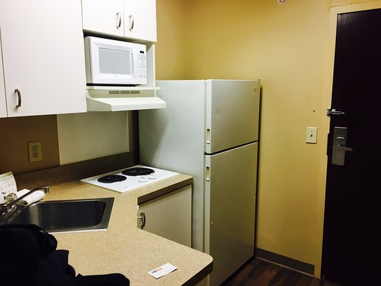Malvern, PA: kitchenette in the room