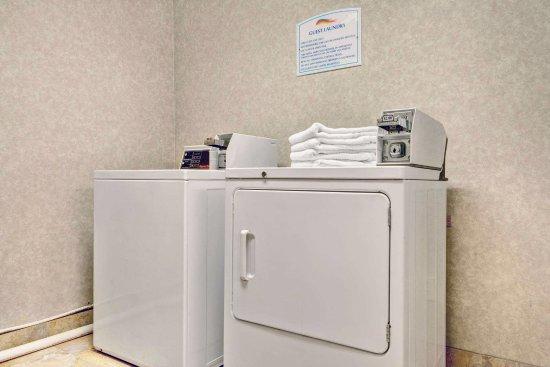 เจฟเฟอร์สันวิลล์, โอไฮโอ: Guest Laundry