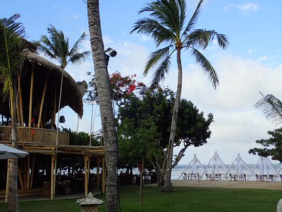Nusa Dua Beach Hotel & Spa: ビーチのカフェ