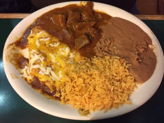Temple, TX: Combination Plate with Carne Guisada and Cheese Enchiladas