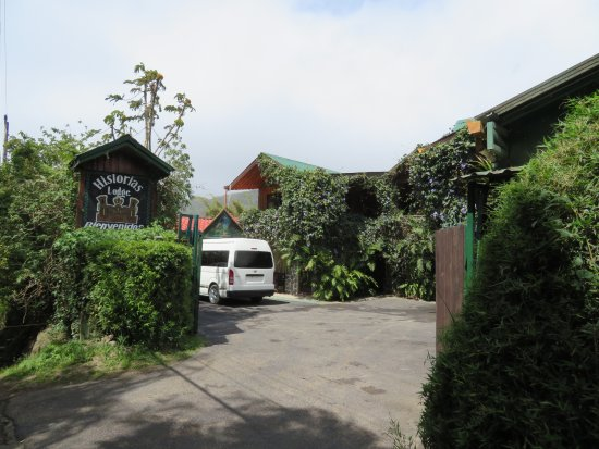 Historias Lodge: Hotel entrance