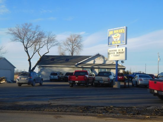 Luxemburg, วิสคอนซิน: The World Famous Joe Rouer's in Duval, WI