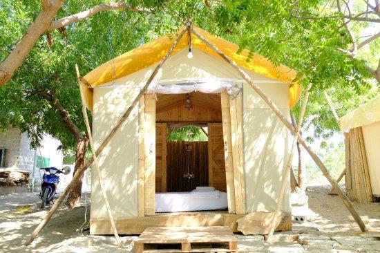 Villa Dao Hoa Vang Wooden tent & Wooden tent - Picture of Villa Dao Hoa Vang Cam Ranh - TripAdvisor
