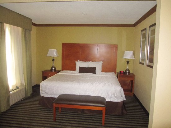 BEST WESTERN PLUS Seawall Inn & Suites by the Beach: nice King Bed!!