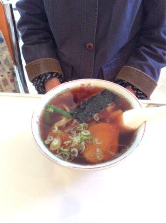 Katsuura, Japón: タンメン 680円 ワンタン 550円