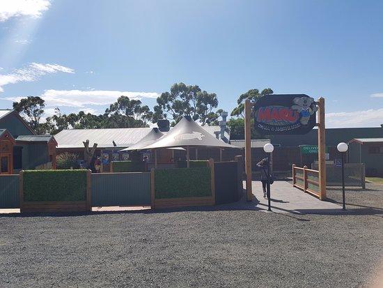 Grantville, أستراليا: front entrance and car park