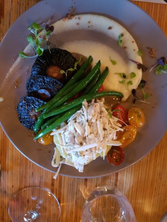 Martinborough, นิวซีแลนด์: Main - vegetarian dish with mushrooms as the hero