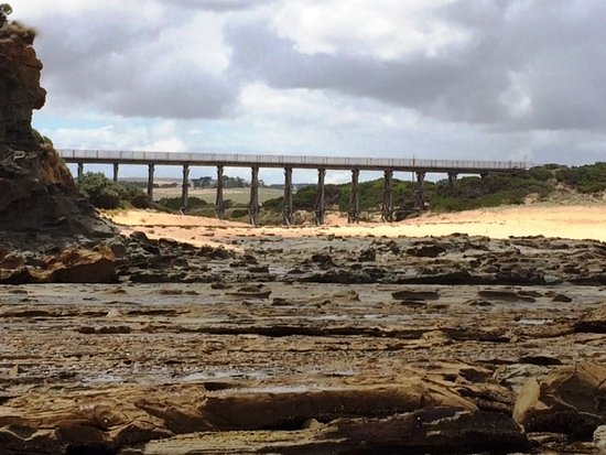 Kilcunda, Australia: Wooden Trestle Bridge - Wonthaggi Rail Trail. Taken at low tide, easy walk from Ocenview Retreat
