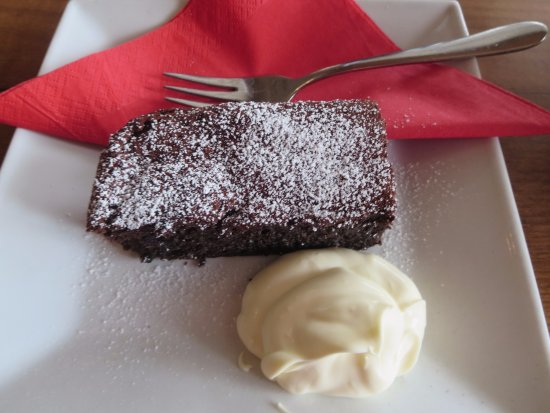 Strathalbyn, Australië: Yummy chocolate brownie!