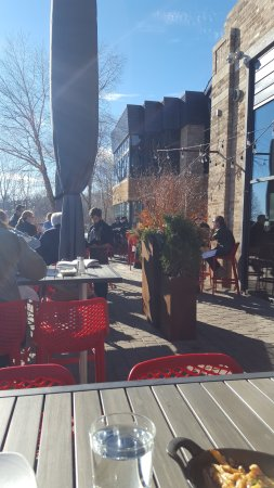 Wayzata, MN: Outdoor patio (reminder: this is mid february in minnesota)