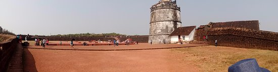 Sinquerim, India: View from the wall
